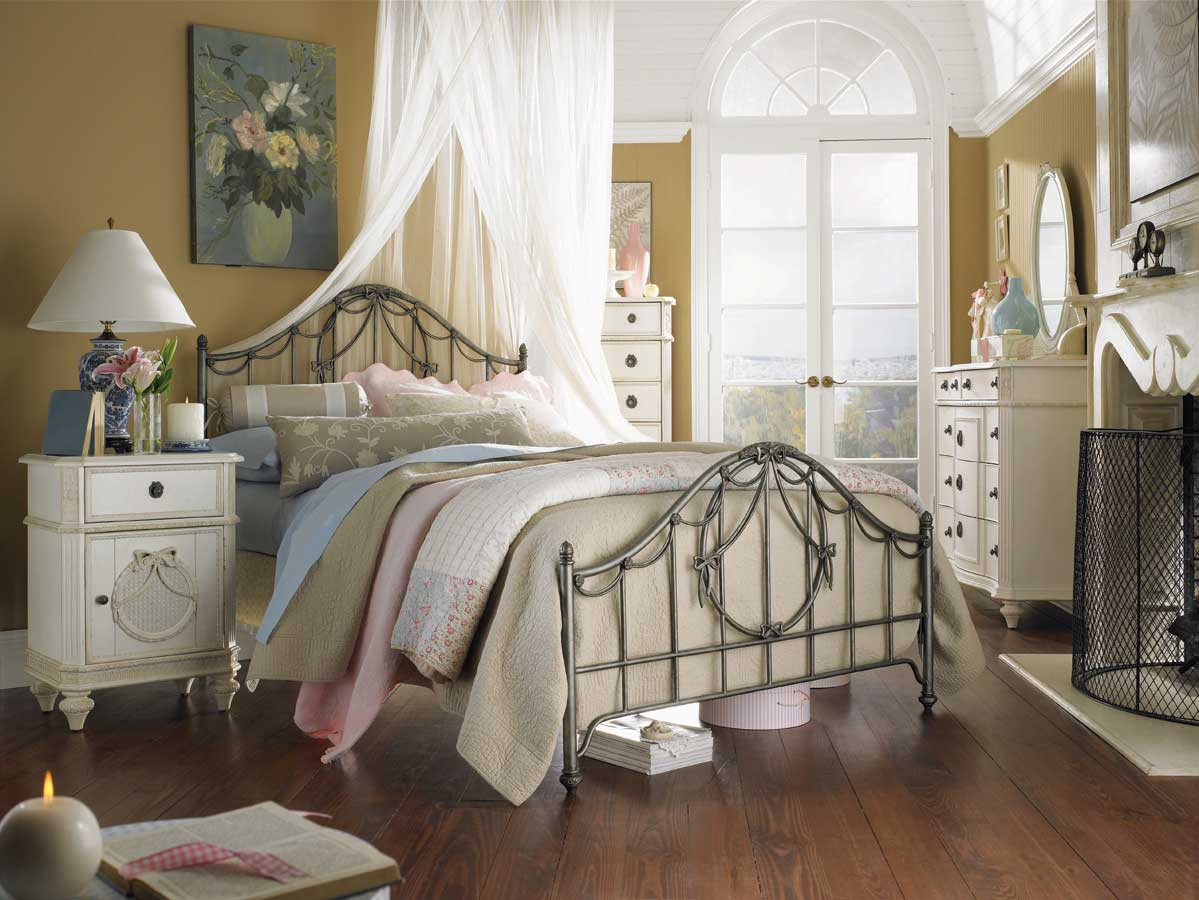 Deco chambre de princesse Shabby chic bedroom accessories