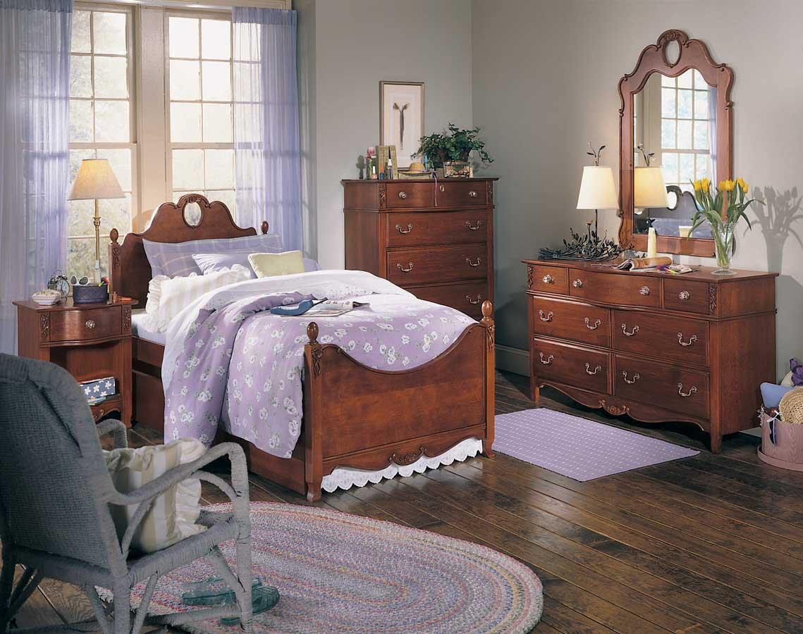 chambre petite fille en bois avec des id es int ressantes pour la conception de. Black Bedroom Furniture Sets. Home Design Ideas