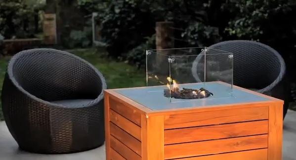 la table basse d ext rieur feu follet est d sormais. Black Bedroom Furniture Sets. Home Design Ideas