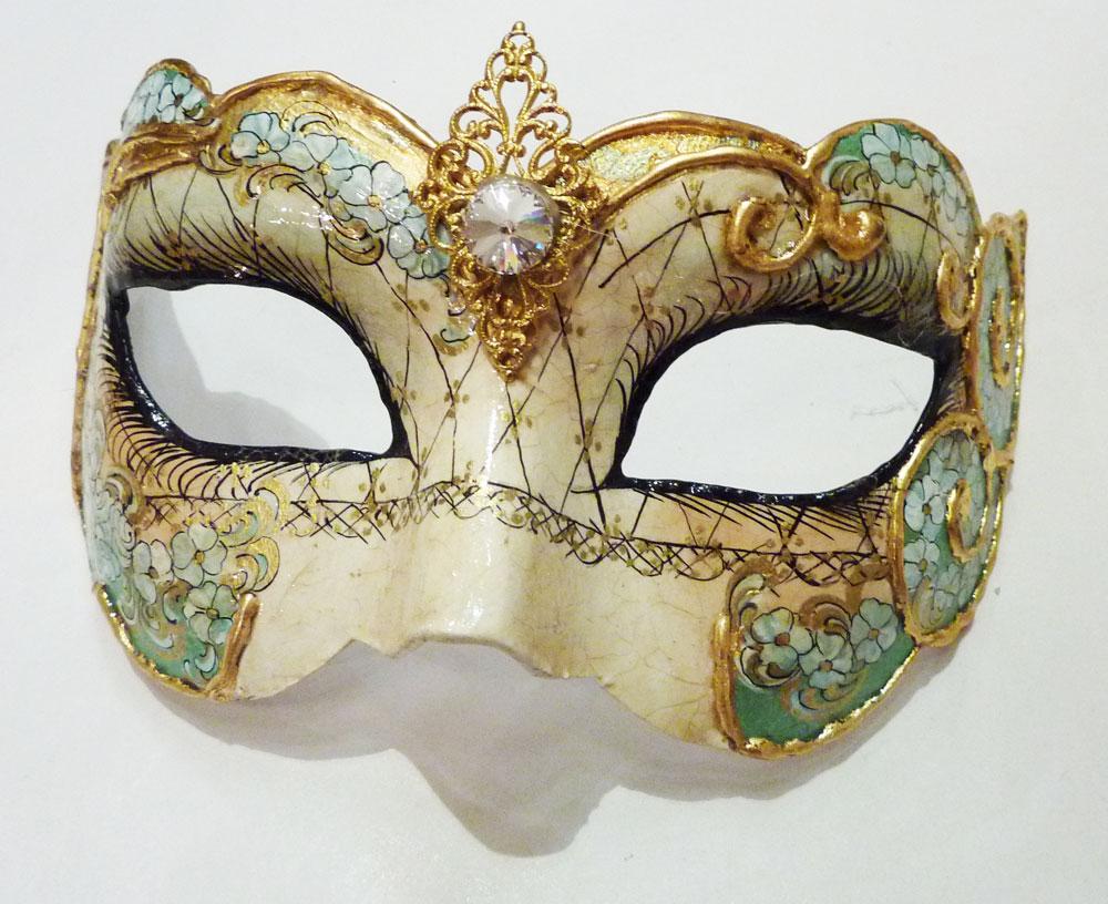 Les masques traditionnels du carnaval de venise schegge - Masque de carnaval de venise a imprimer ...