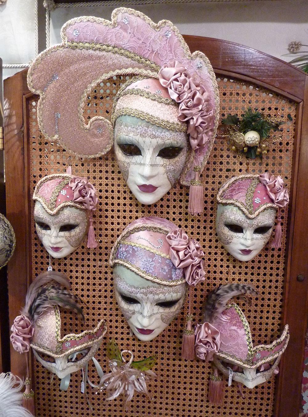 Decoration De Platre : Les masques traditionnels du carnaval de venise schegge